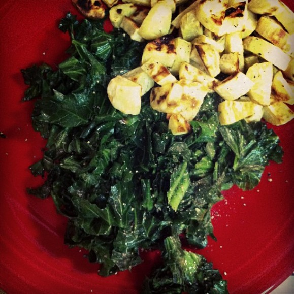 Kale ans white sweet potatoes. yum!